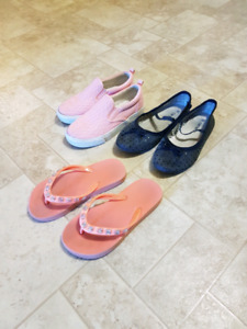 Girls footwear 3 pairs size 11 and 12