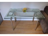 dining room table, 10mm clear glass, extendable to 7ft, good condition