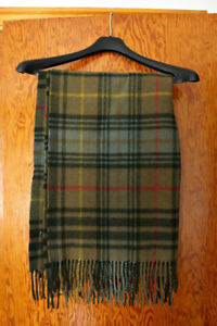 ELGIN Lambswool Shawl / Small Throw - Made in Scotland, Like New