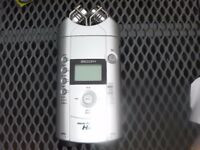 Zoom H4 handy recorder. 4 track recorder.