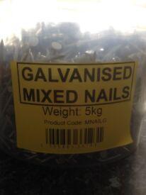 5 kilo bucket of mixed nails