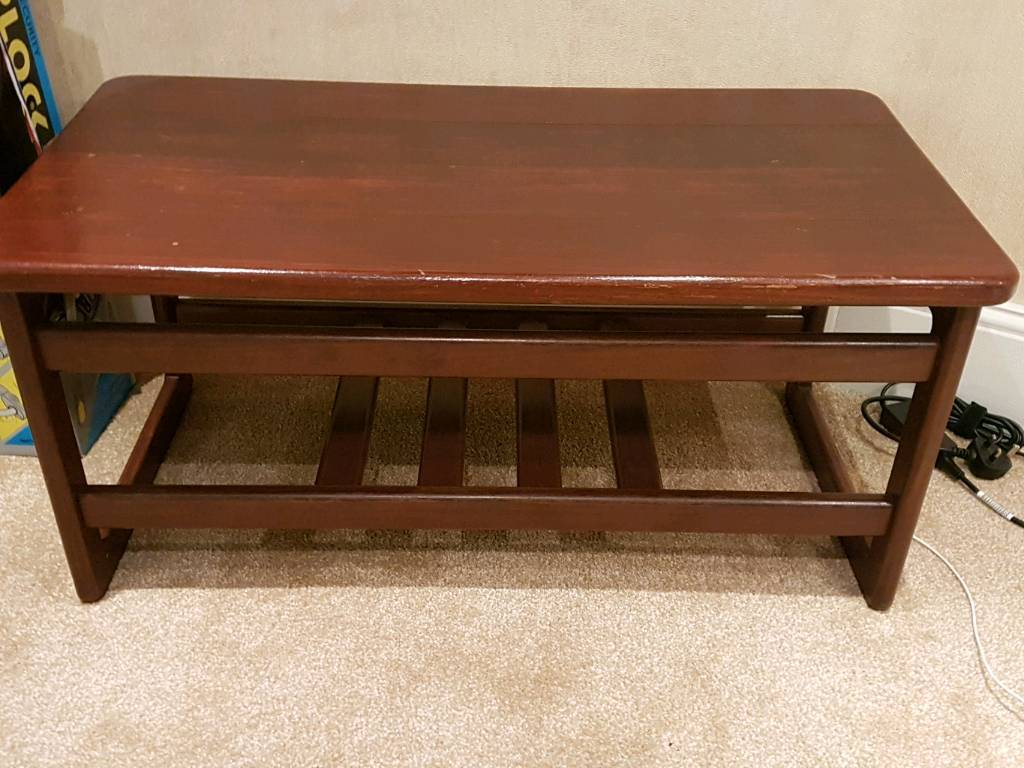 Sturdy make coffee table walnut color