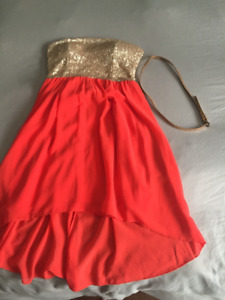 PERFECT CONDITION DRESSES, WORN 0-2x