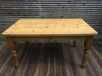 Stunning quality thick top farmhouse dining table, 5x3ft.