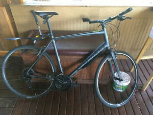 Specialized Sirrus Sport - excellent city and path bike