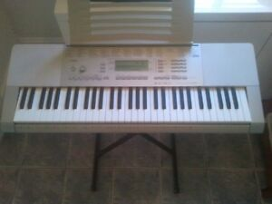 Casio LK280 Lighted Key Touch Sensitive Personal Keyboard