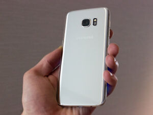 Samsung Galaxy S7 With 32 GB Memory And Case! Unlocked!