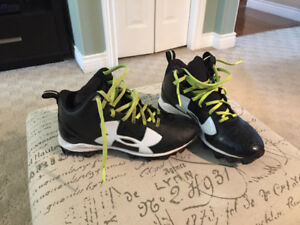 Junior Football Cleats