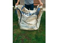 3x tonne bags