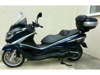 Piaggio X10 350E Scooter