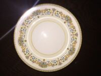 Aynsley China - Henley Design - Dinner Plates - 4 off x 7""