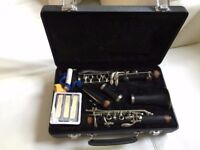 EARLHAM Clarinet with all accessorise