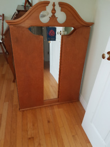 Roxton 3 Way Mirror