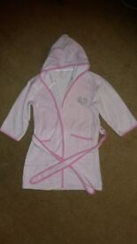Pink hooded dressing gown, Dunelm, age approx 6. £2.50