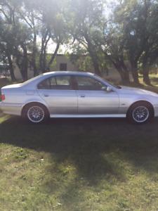 2002 BMW 5-Series 530iA Sedan