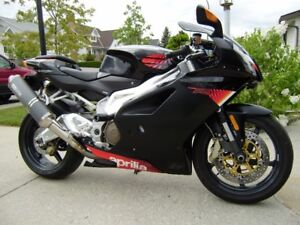 Aprilia RSV1000R  Mint and Fully Serviced