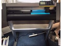 Graphtec CE6000-60 Cutter / Plotter As New Printing T Shirts or Sign making