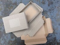 Small cardboard boxes suitable for craft use or posting, approximately 550 boxes.