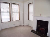 Central Carnoustie three bedroom unfurnished flat