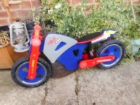 childs wooden 12 inch wheel balence bike