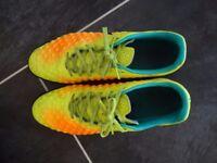 NIKE MAGISTA X ASTRO TURF FOOTBALL TRAINERS - uk size 12 ERU 47.5