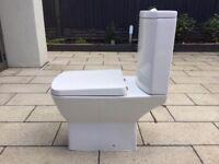 Toilet & Sink VGC Burbage LE10