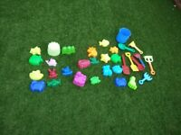 Sand pit/beach items as seen collect or deliver Stonehaven only, no postage