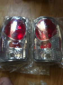 98' TO 01' 4-DOOR FORD EXPLORER EURO TAIL LIGHTS! NEW!
