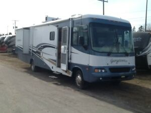 2005 george town moter home 37 ft 3 pull outs