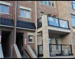 Toronto Townhouse 2 Bed 2 Bath For Rent! Weston & Sheppard