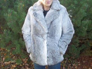 Beautiful, Fox Fur Jacket with quilted lining.