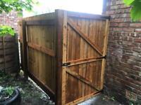 Side gate wooden gate front gate