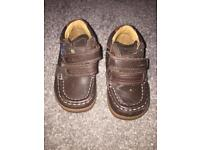 Brown shoe/boot size 4G clarks