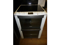 Electrolux Electric Cooker - 60 cm wide - Fan Assisted - Clean