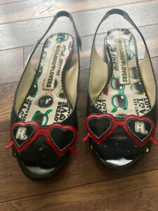 Quirky Harajuku Lovers Black Peep Toe Flats with Red Sunglasses