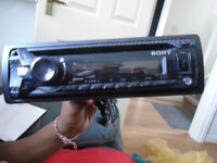CAR MP3/USB/CD/TUNER PLAYER