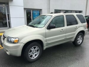 2005 Ford Escape Limited with 4WD and A/C