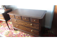 Chest of drawers, suitable for Bedroom