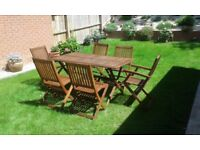 Garden / patio table and 6 chairs - excellent condition