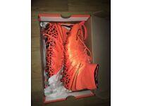 Nike Hypervenom Phantom Size 10.5 Orange and Black