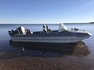 1963 tryhaul boat with 93 v4 evenrude 90 hp