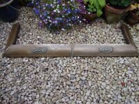 Antique Copper And Timber Fireplace Fender ( Requires a good polishing).
