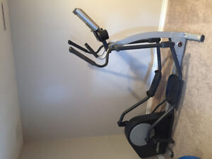 Life fitness eliptical exercise equipment