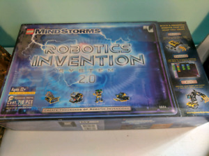 Lego Mindstorms robotics invention system 2.0