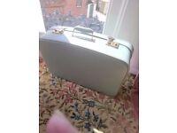 Vintage Foxcroft mid century suitcase