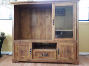TV Stereo Entertainment Cabinet