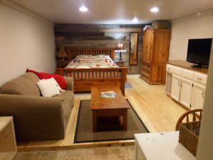 Room for rent - available sept 1