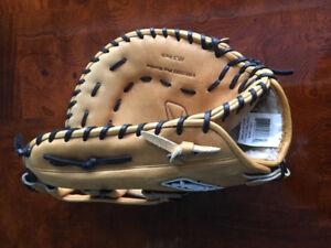 """12.5"""" VR 6000 Reebok 1st Baseman's glove"""