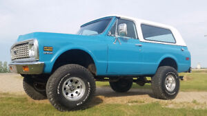 "REDUCED!!!!!!   ""RARE"" 1972 K5 BLAZER CST 4x4"