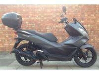 Honda PCX 125cc, Excellent, ONLY 328 miles!